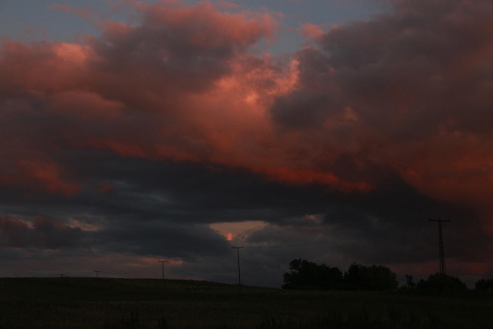 Warnow, Wolken, Stromleitung